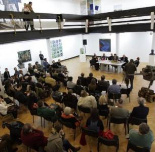 O okruglom stolu i debati o promeni statusa Oktobarskog salona