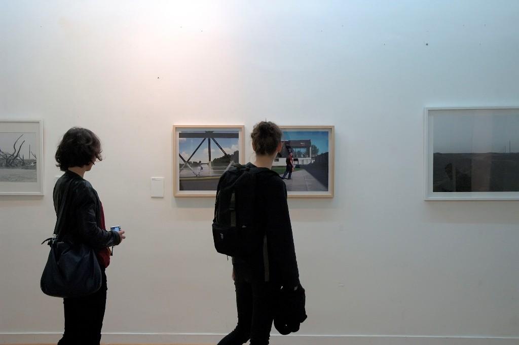 Dislokacije, fotografska kolonija u Orlovatu, Pariz   2015.