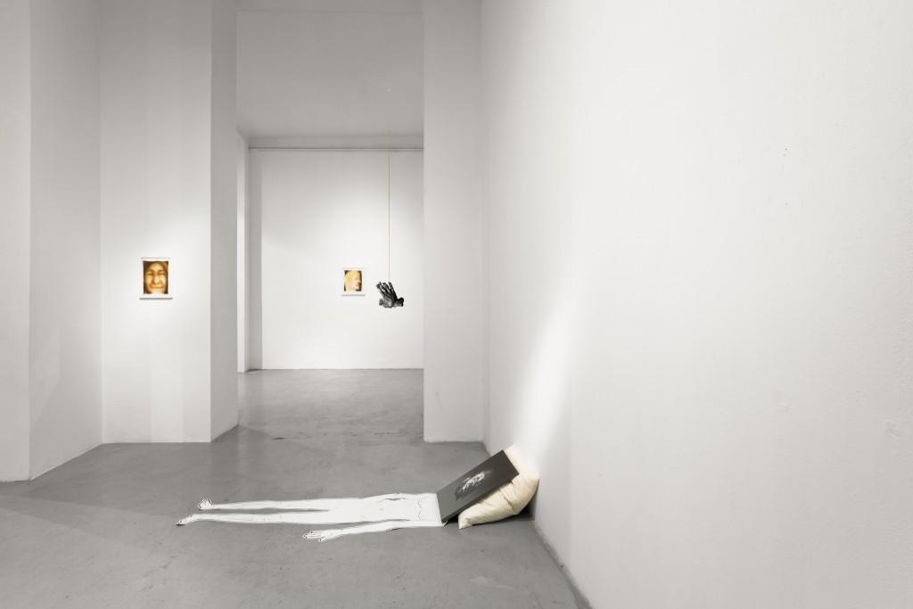 21Be yourselfie - U10 - Installation view - photo - Aron Weber