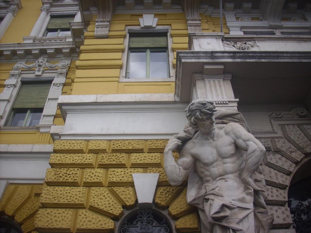 Rijeka, zgrada Jadrolinije